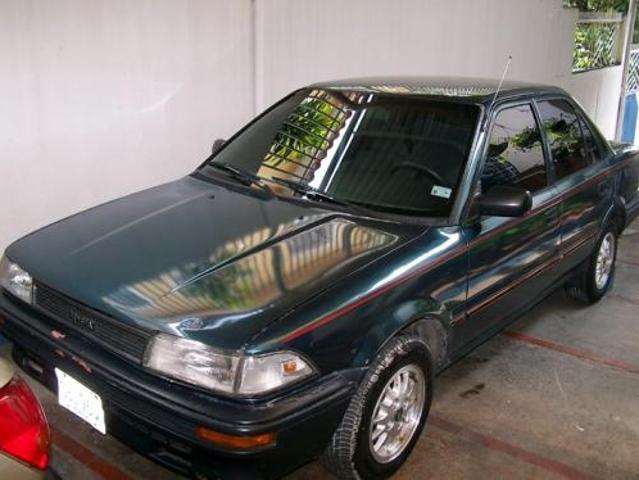 Vendo Toyota Araya