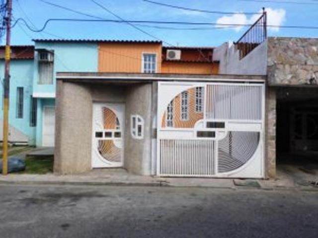 Venta De Casa Cagua Ciudad Jardin Cdgflex: 15 14134