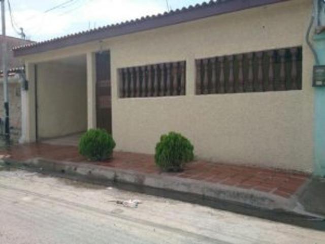 Venta De Casa Turmero La Mantuana Codigoflex: 15 7420