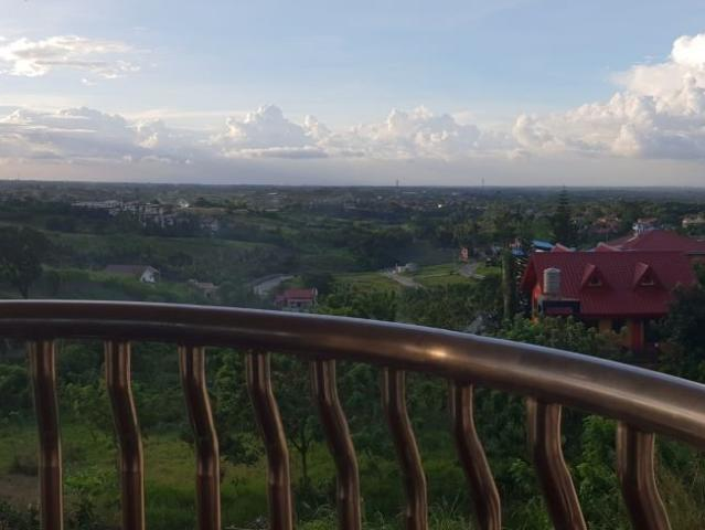 Very Nice View Tagaytay House & Lot For Sale