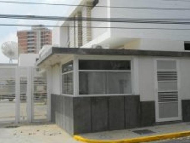 Villa Cerrada En Venta En La Urbanizacion Creole En Maracaibo