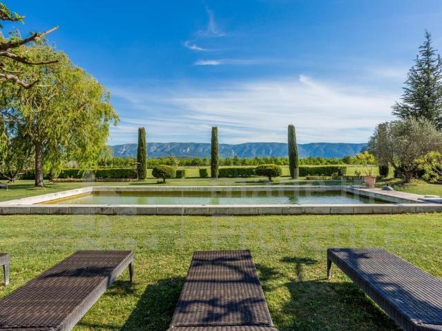Villa De 8 Pièces De Luxe En Location Cabrières D'avignon, France