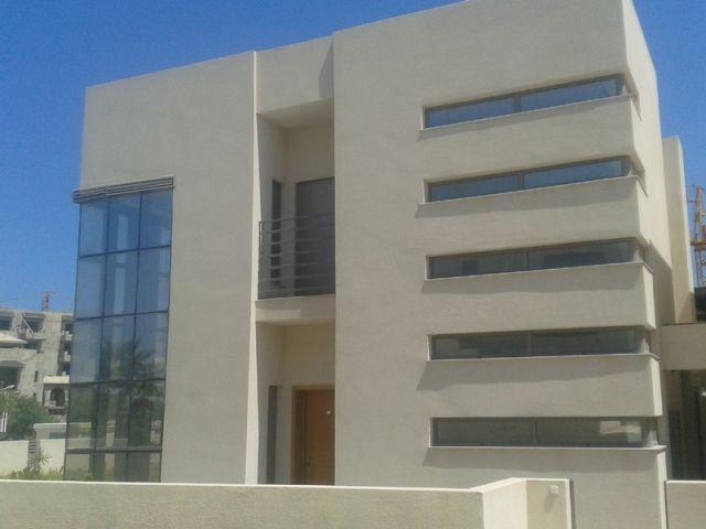 Villa Indépendante Sur 2 Nv De Très Haut Standing Avec Piscine