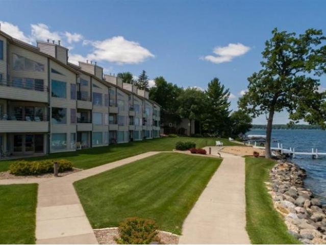 W1400 Spring Grove Rd 6, Green Lake, Wi 54971 Home For Sale Mls# 1891   Shorewest Realtors