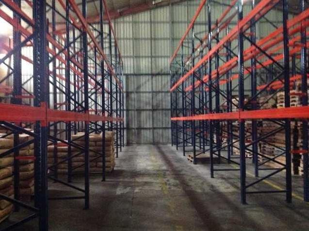 Warehouse For Lease, Fully Racked With 2000 Pallet