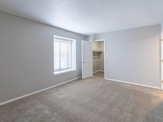 Washer Dryer Connections, Granite Countertops, Laundry Care Centers 3401 John Hinkle Place...