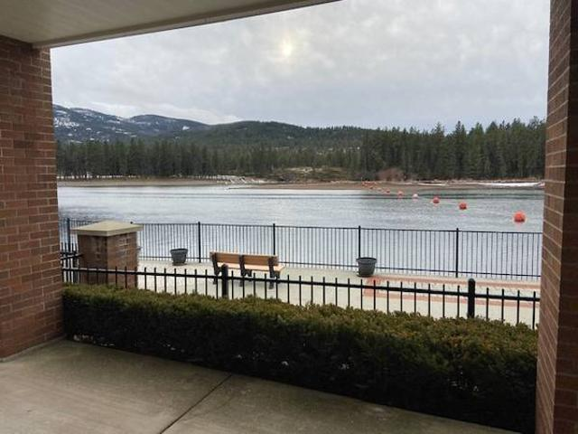 Waterfront Condo In Gated Community Post Falls