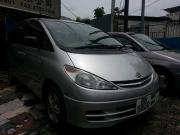 2000 year toyota previa 2 4 8 seater