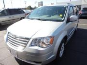 2010 chrysler town country 4dr wgn touring