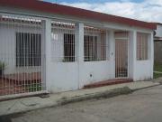 Casa En Los Palos Grandes San Joaquin