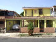 Casa En Venta Trigal Sur Valencia Carabobo Código 172850