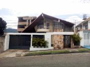 Casa Quinta En Excelente Ubicación De San Cristóbal Para Uso Residencial O Comercial 306 M...