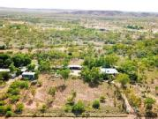 Lifestyle House Set On 8 Acres Just 10km From Mount Isa Township
