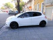 Peugeot 208 2014 peugeot 208 impecable unico due o