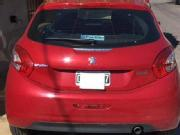 Peugeot 208 2015 peugeot alure touch sceen 2015 23 000km