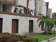 Se Vende Town House En Res Shalom La Floresta Maracay 516m2