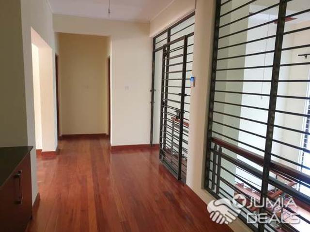 Welcome Home! Kitisuru Five Bedroom Townhouse