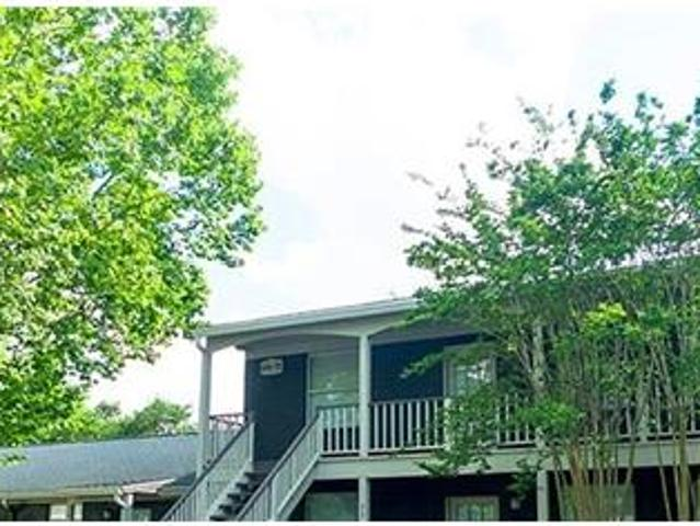 Welcome To The Apartments Located In Beautiful Park, Florida. $840/mo