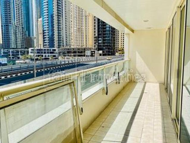 Well Maintain 2 Br Apartment With Easy Viewing