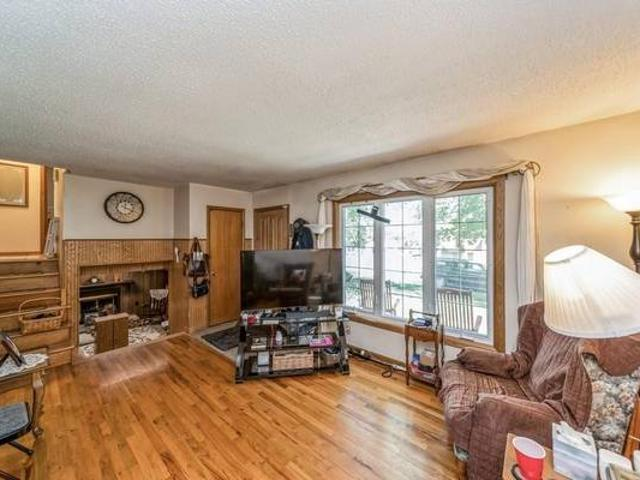 Well Maintained Home By Owner For 36 Years Des Moines
