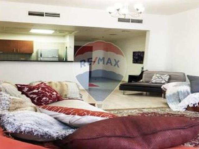 Well Maintained  huge 2 Bedroom Apartment For Sale