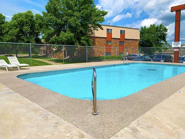 Westchester Apartments 40 15th Ave N, Waite Park, Mn 56387