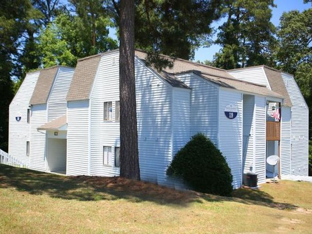 Willow Run Apartments 157 Treetop Dr, Fayetteville, Nc 28311