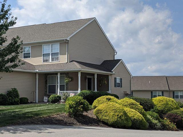 Windsor Commons Townhomes 21 Windsor Way, Red Lion, Pa 17356